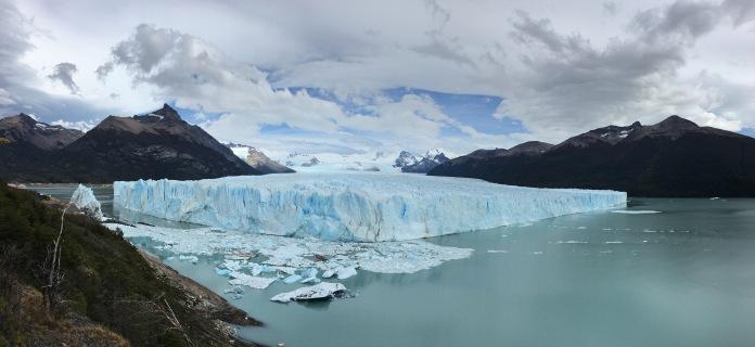 Perito Moreno Glacier ~15 days after the dam ruptured